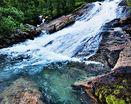 Очень красивый водопад