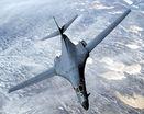 Американский стратегический бомбардировщик B-1